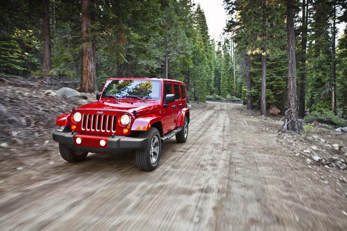 2018 Jeep Wrangler Sahara Red Front Exterior