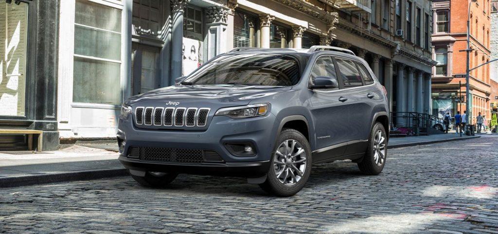 2021 Jeep Cherokee Latitude Plus Front Exterior Picture